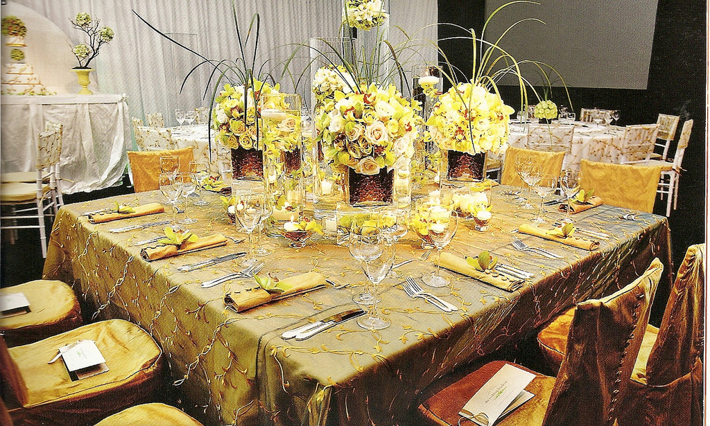 Tips For Setting A Beautiful Guest Table & Fancy Table Settings - Home Design Ideas and Pictures