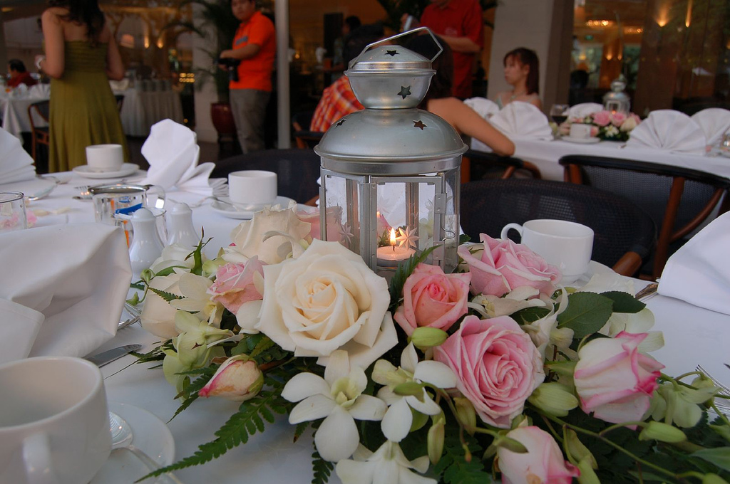 Fun And Simple Guest Table Centerpieces