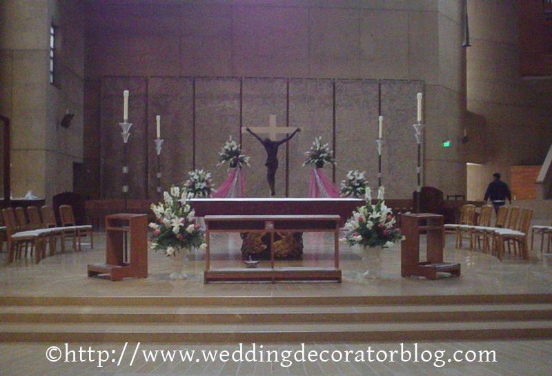 Going to the chapel dont forget the decorations ive mostly decorated catholic and iglesia churches in my experience catholic churches dont allow a lot of decorations if you want pew decorations junglespirit Image collections