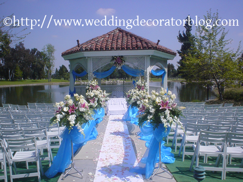 Decorating gazebos and arches for a wedding -