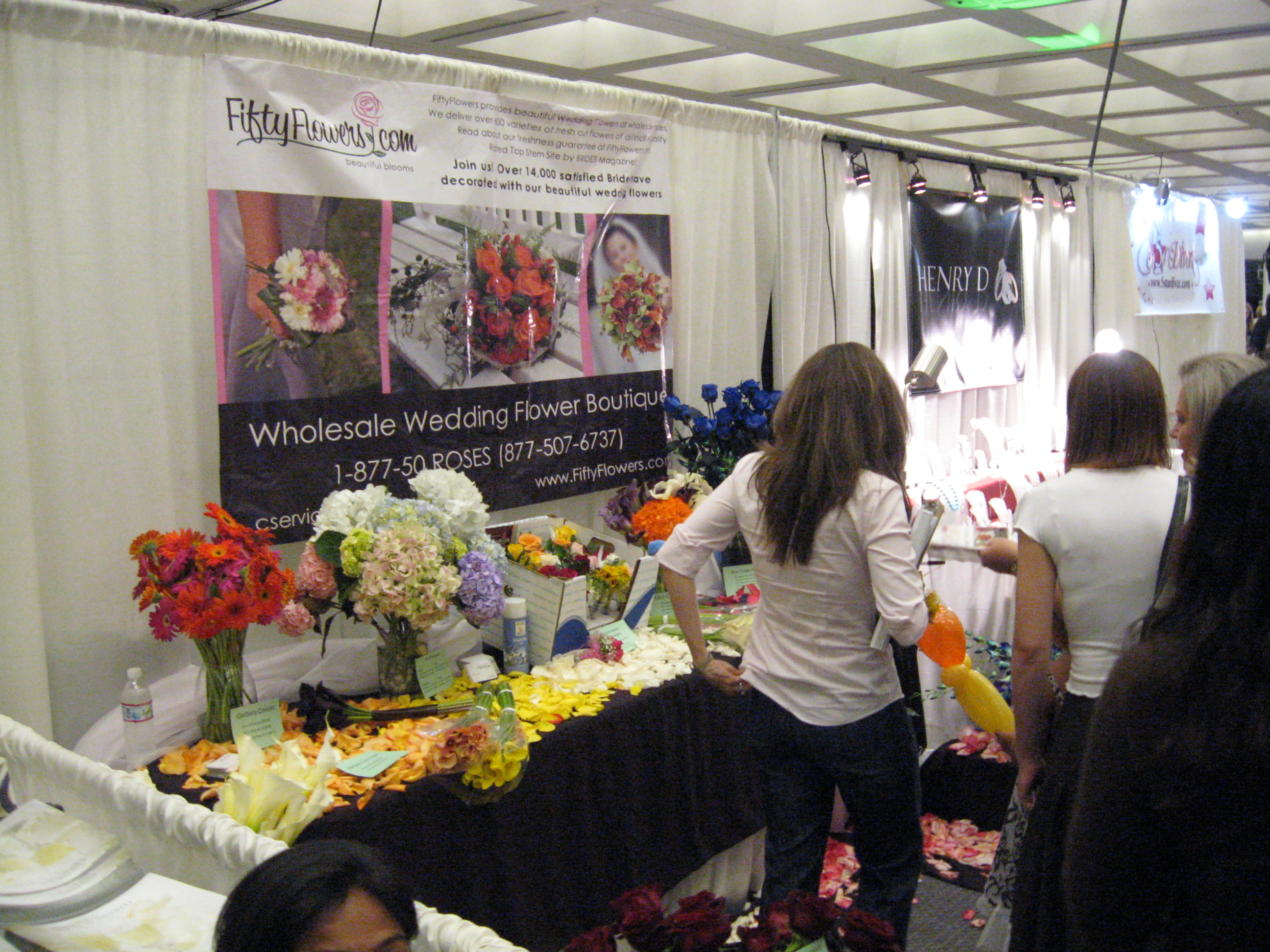 wholesale wedding flowers delivered to you