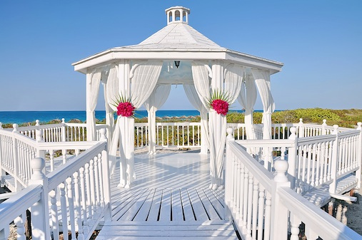 Wedding decoration ideas for a gazebo -