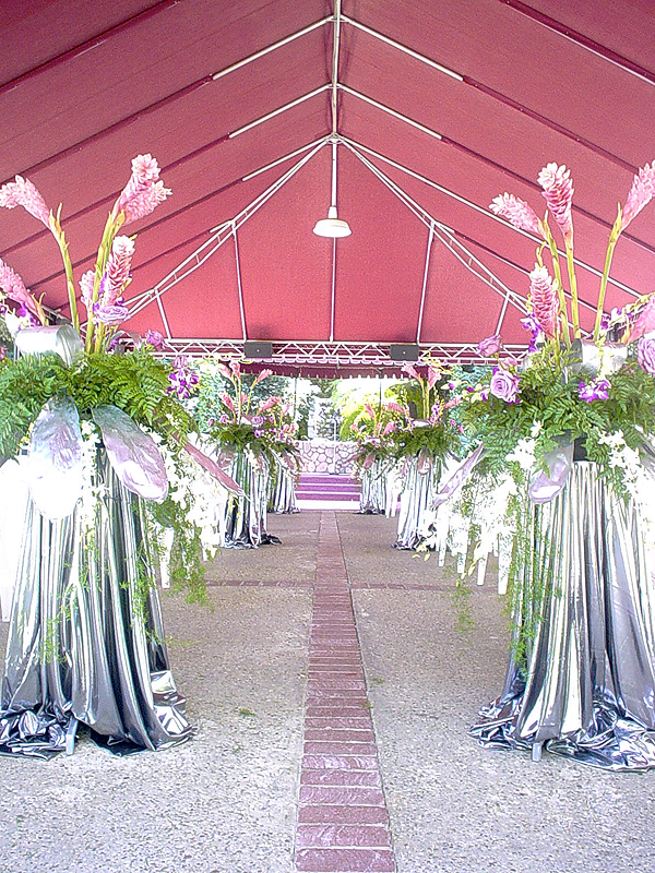Decorating a 25th silver anniversary wedding for 25 year anniversary decoration ideas