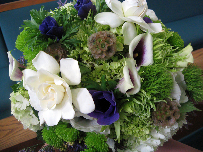 Top of bridal bouquet
